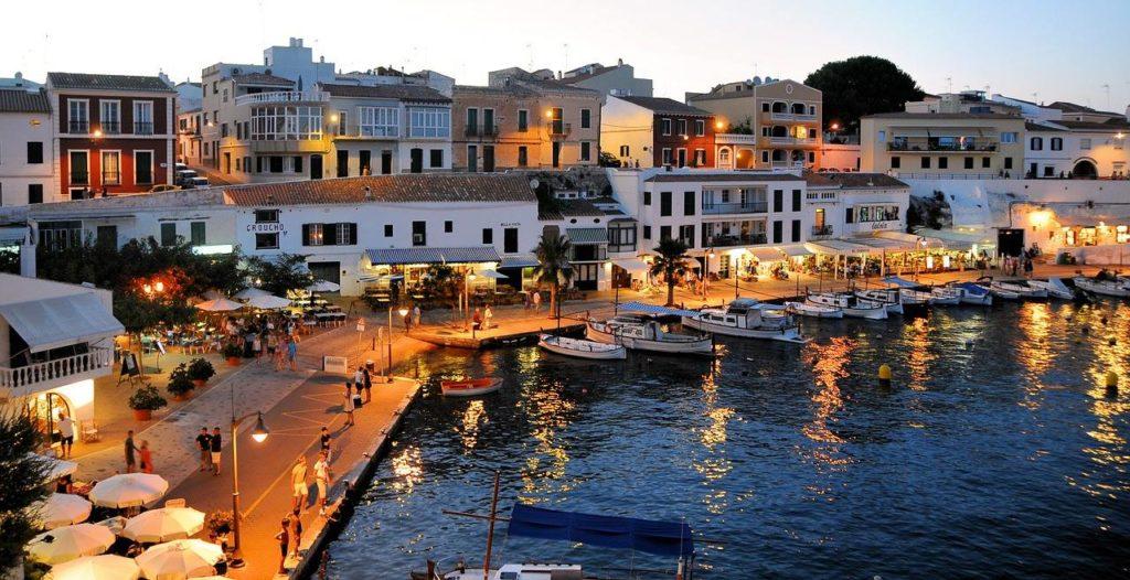 Menorca mit geballter Schönheit