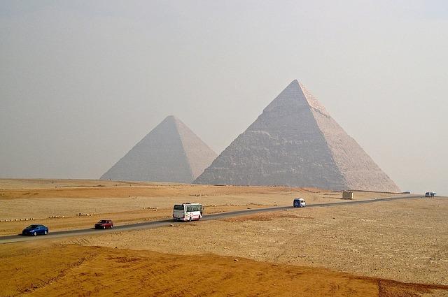 Kairo Flora und Fauna - Wüste und bergige Landschaften